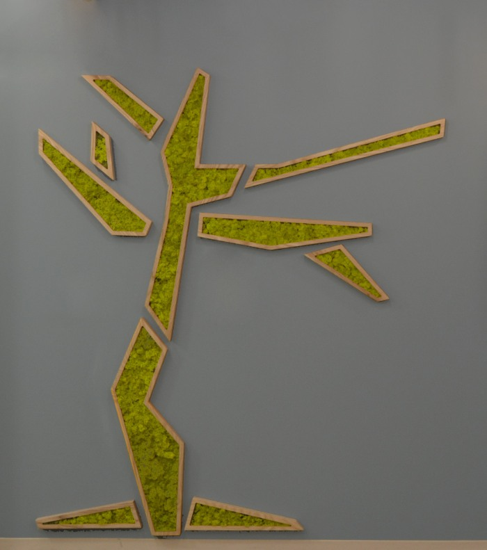Foyer - Tree Close up
