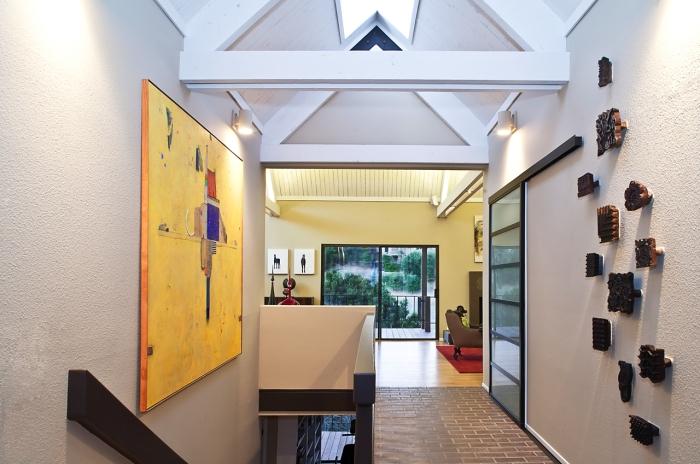 Web-PV hallway2